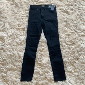 Brand new Abercrombie ultra high rise jeggings